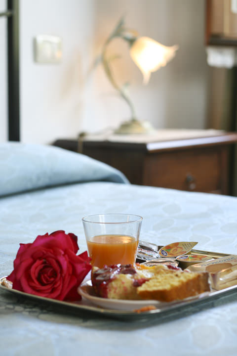 Luna appartamento 5 posti letto per vacanze in umbria - Colazione al letto ...